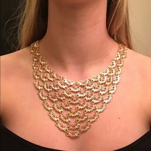 Jewelry - Gold adjustable statement necklace